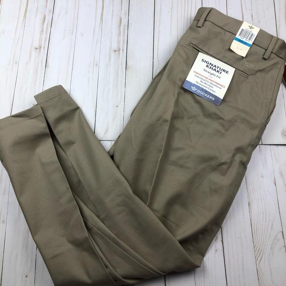 Men/'s Dockers D2 Size 32x30 Signature Khaki Straight Fit Flat Front NWT